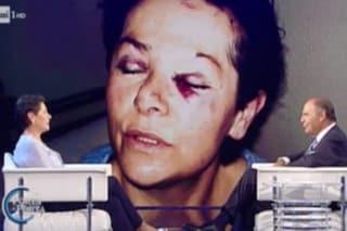 """""""Offesa dai modi di Bruno Vespa"""": Lucia Panigalli, vittima di violenza intervistata a Porta a Porta"""