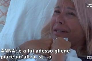"""""""Cecilia Zagarrigo è più giovane di te"""" e Anna Pettinelli piange disperata: """"A Stefano piace"""""""