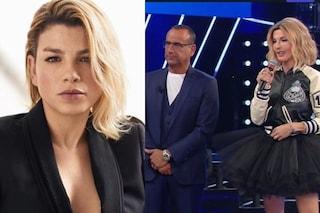 """A Tale e Quale Show Carlo Conti omaggia Emma Marrone, costretta allo stop: """"Un abbraccio gigantesco"""""""
