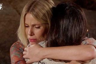 """Alessia Marcuzzi: """"Ingiusto attaccare Serena Enardu, doloroso dire a Pago che non lo amava più"""""""