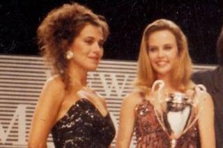 """Barbara D'Urso e Charlize Theron insieme in una foto del 1991, la conduttrice: """"L'ho inventata io"""""""