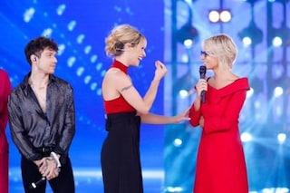 """""""Grazie dell'invito"""": così Maria De Filippi ad Amici Celebrities, lo show che è tornato casa sua"""