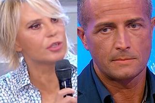 """Riccardo Guarnieri non ha il coraggio di dichiararsi a Ida Platano, Maria De Filippi: """"Sei cretino"""""""