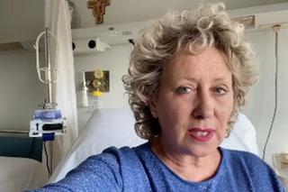 """Carolyn Smith: """"Inizio nuovo trattamento, non giocate sulla mia morte. Sono più viva che mai"""""""