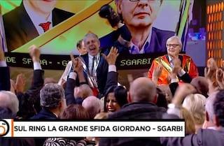 """Vittorio Sgarbi sul ring con Mario Giordano, torna a parlare di Luxuria: """"Non ho insultato nessuno"""""""