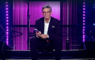 Fiorello tradisce la sua compagnia telefonica, VivaRaiPlay rompe il tabù della pubblicità