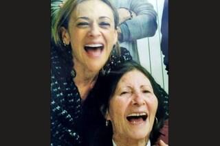 """Morta la mamma di Luisa Amatucci, la Silvia di Un Posto al Sole: """"Amore mi mancherai tantissimo"""""""