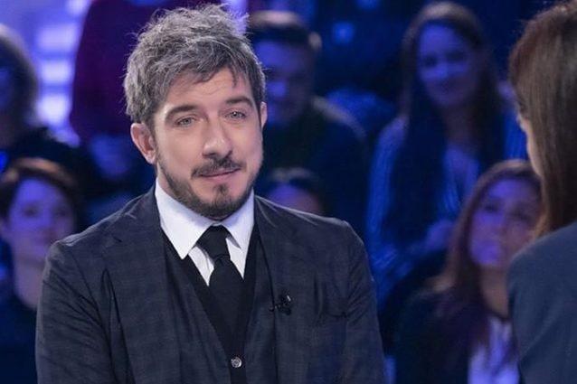 Sputa in faccia a Silvia Toffanin, che combina Paolo Ruffini
