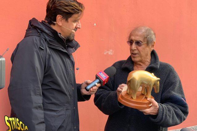 Il tapiro d'oro ad Adriano Celentano