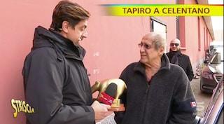 """Ad Adriano Celentano tapiro d'oro per il flop di Adrian: """"Ascolti bassi perché lì c'è il futuro"""""""