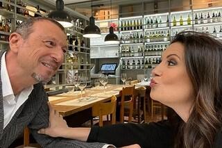 """Giovanna Civitillo: """"Per Sanremo Amadeus non dorme la notte, dimentica pure di mangiare"""""""