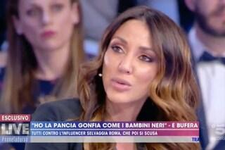 """D'Urso: """"Chi dice che ha la pancia gonfia come i bimbi africani è cretino"""", Selvaggia Roma si scusa"""