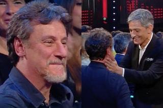 """Giorgio Tirabassi a VivaRaiplay dopo l'infarto, l'abbraccio di Fiorello: """"Bello che non sei altro"""""""
