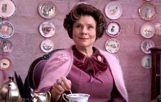 The Crown, la quinta stagione sarà l'ultima e Imelda Staunton sarà la Regina Elisabetta II