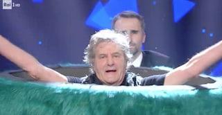 Il Mostro de Il cantante mascherato 2020 è Fausto Leali: tutti gli indizi