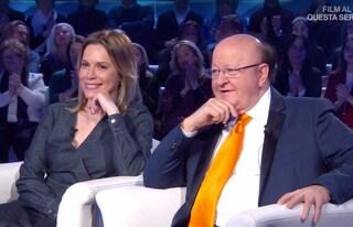 """Massimo Boldi e la fidanzata Irene Fornaciari in Tv: """"Una bella amicizia che è diventata amore"""""""