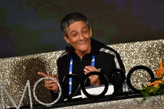 """Fiorello canterà un brano a Sanremo: """"Io vestito da Maria De Filippi? Ci sto pensando"""""""