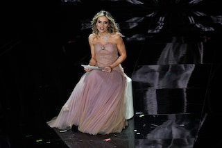 """Il monologo di Laura Chimenti a Sanremo 2020 è una lettera alle figlie: """"Imparo da voi ogni giorno"""""""