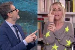 """Luciana Littizzetto dopo l'incidente: """"Ho tolto il gesso"""", poi fa il dito medio a Fabio Fazio"""