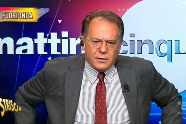 Alessandro Cecchi Paone a 'Mattino 5' non si trattiene