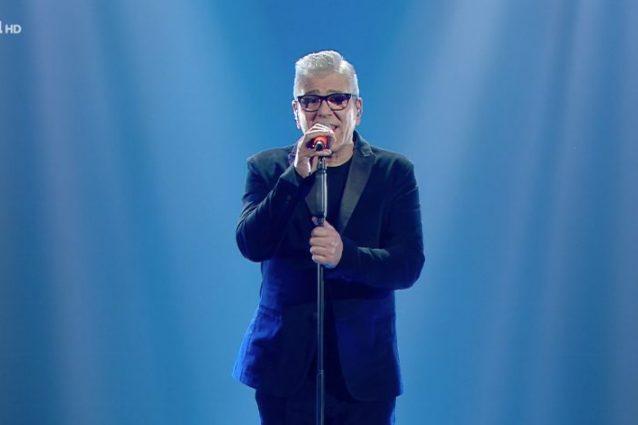 """Michele Zarrillo alla finale di Sanremo 2020 con la canzone """"Nell'estasi o nel fango"""""""