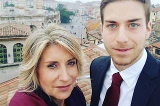 """Il figlio di Tiziana Ferrario positivo al Coronavirus: """"Atleta di 29 anni, gli ha stravolto la vita"""""""