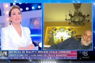 Paolo Brosio dorme in diretta durante il collegamento con Live Non è la d'Urso