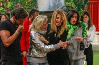 """Adriana Volpe scrive agli amici nella Casa del Gf Vip: """"Per avere condiviso un momento difficile"""""""
