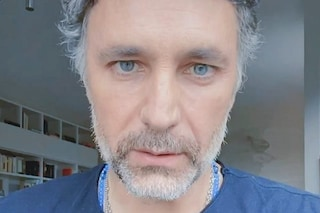"""Raoul Bova: """"Farò una serie tv sui volontari di Croce Rossa che lottano contro il coronavirus"""""""