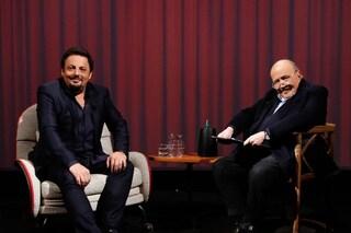 """Enrico Brignano a """"L'intervista"""" sul coronavirus: """"Quando tutto crolla, la comicità aiuta"""""""