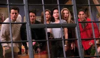 La reunion del cast di Friends rimandata a causa del coronavirus, le riprese forse a maggio
