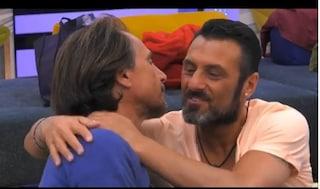 """Grande Fratello Vip, pace fatta tra Sossio e Zequila: """"Spero che arriverai in finale con me"""""""