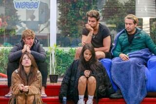 """Adriana Volpe ha lasciato il GF Vip, le lacrime dei gieffini: """"Siamo preoccupati"""""""
