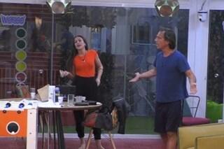 """GF Vip, tensione tra Antonio Zequila e Teresanna Pugliese: """"Vuoi litigare con me?"""""""