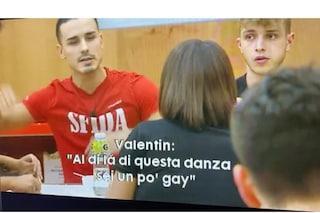 """Amici 2020, nuovo video inedito su Valentin Dumitru: """"Javier sei un po' gay. Hai problemi mentali?"""""""
