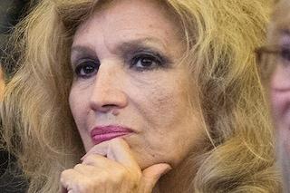 """Iva Zanicchi contro chi esce di casa: """"Ve lo dico con le cattive, siete dei bastardi"""""""