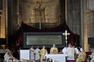 L'ostensione straordinaria della Sacra Sindone su Tv2000, in diretta sabato 11 aprile