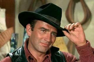 """Morto James Drury, addio alla star della serie western """"Il virginiano"""""""