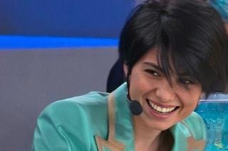 """Giordana Angi sorride ad Amici, sparita la tensione di una settimana fa. De Filippi: """"È seria"""""""