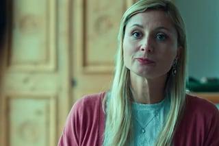 """In """"Curon"""" c'è anche Anna Ferzetti, la moglie di Favino al primo ruolo importante per Netflix"""