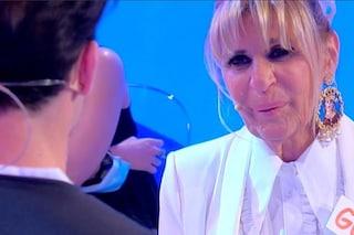 """Gemma Galgani si commuove ballando con il 26enne Nicola Vivarelli, Tina: """"Sei una vergogna"""""""