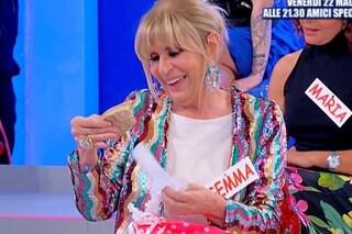"""La madre di Nicola Vivarelli manda un regalo a Gemma Galgani, Sirius: """"Si sono sentite"""""""