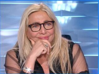 """Mara Venier si commuove in diretta a Domenica In: """"Devo ringraziare la mia squadra, grazie ragazzi"""""""