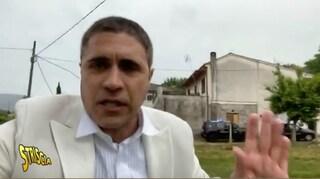 """Aggredito Moreno Morello con la troupe di Striscia: """"Presi a pugni, minacciati con sassi e bastoni"""""""