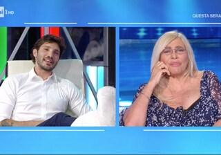 """Stefano De Martino a Domenica In con un finto gesso, Mara Venier: """"Sei proprio stron*o"""""""
