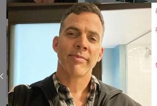 Ennesima follia di Steve-O, lo stuntman di Jackass perde un pezzo di orecchio