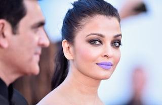 La star di Bollywood Aishwarya Rai e la figlia ricoverate in ospedale: erano positive al Covid-19