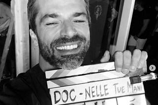 """Fine riprese per Doc - Nelle tue mani, l'annuncio di Luca Argentero: """"Nuove puntate pazzesche"""""""