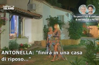 """Temptation Island, Pietro Delle Piane senza pietà con Antonella Elia: """"Finirà in una casa di riposo"""""""