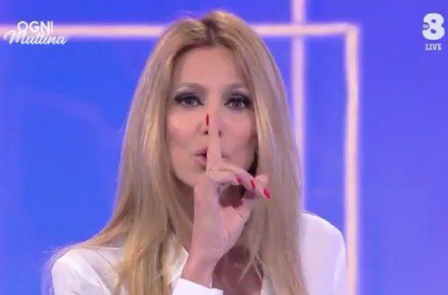 Giancarlo Magalli contro Adriana Volpe: la frecciatina sui social è durissima